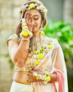 Flower Jewellery to take in Pune? Choose From our Fresh Floral Jewellery Designs From Plenty Of Floral Creations in Pune! Floral jewellery can make you feel special and unique, just as you are! Indian Wedding Jewelry, Indian Bridal, Bridal Jewelry, Indian Jewelry, Western Jewelry, Indian Weddings, Bohemian Jewelry, Luxury Jewelry, Mehndi Ceremony