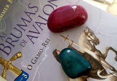 Resenha: As Brumas de Avalon – O Gamo-Rei [Livro 3] | Camile Carvalho