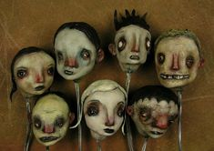 Sheri Debow While researching the previous post on doll makeup, I stumbled upon these gorgeous art dolls made by artists. There ar. Creepy Art, Creepy Dolls, Clay Dolls, Art Dolls, Mascara Papel Mache, 3d Figures, Marionette, Paperclay, Doll Maker