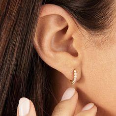 Mini Bar Stud earrings in Rose Gold fill, short gold bar stud, gold fill bar post earrings, gold bar earring, minimalist jewelry - Fine Jewelry Ideas Small Solid Gold Plain Huggie Hoop Earrings Gold Bar Earrings, Diamond Hoop Earrings, Circle Earrings, Diamond Studs, Bridal Earrings, Silver Necklaces, Sterling Silver Earrings, Gold Jewelry, Fine Jewelry