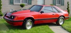 The big news for 1985 Mustang was improvements to the 5.0 liter V8 H.O. power output increased to a respectable 210 bhp. The improved Turbo Charged I4 with an increased boost (from 14 psi to 15 psi), dual exhausts, and a wilder camshaft, which resulted in a power increase to 205 bhp. The SVO continued into 1985, now in Dark Charcoal Gray and new flush-mounted halogen headlights which improved visual appeal.