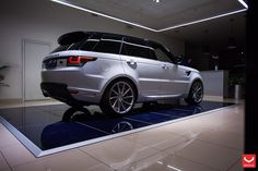 Improved Lighting and Exterior Parts on White Range Rover Sport
