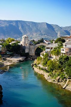 Mostar, Bosnia and Herzegovina travel Share and Enjoy! Places Around The World, Oh The Places You'll Go, Cool Places To Visit, Places To Travel, Travel Destinations, Ex Yougoslavie, Wonderful Places, Beautiful Places, Mostar Bosnia