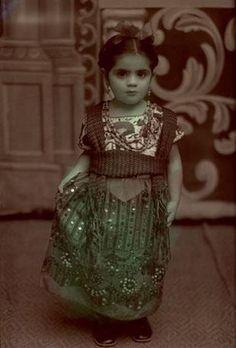 Frisa Kahlo (Jose Antonio Bustamante - Mexico, 1940)