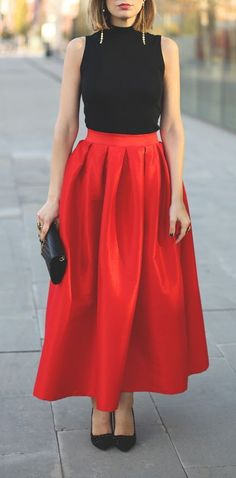 Pleated Maxi Full Skirt in Red