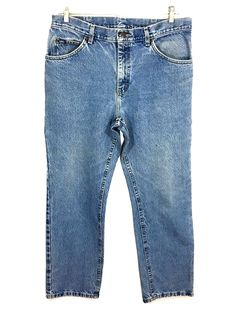 Lee Jeans Vintage USA Light Wash Straight Leg Mens Tag 35 x 30 Actual 33 x 29.5 - Preowned