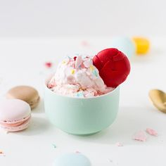 Check our website http://ift.tt/1f5JlBb for some colorful rugsMonday's call for macaron ice cream!  (recipe in the blog archives) #glossaryofmacs #sugarandcloth #macaronmonday by sugarandcloth