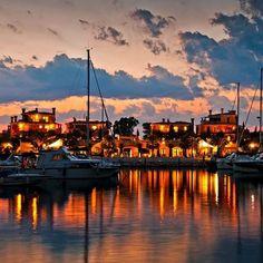 #Discover our #beautiful #family #seaside #resort Porto degli Argonauti, #italy #sunset #harbour #sailing #family #ionic #sea