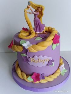 Rapunzel Tangled cake Rapunzel Tangled cake You can find Rapunzel and more on our website. Rapunzel Torte, Bolo Rapunzel, Rapunzel Birthday Cake, Disney Princess Birthday Cakes, Tangled Birthday Party, 4th Birthday Cakes, Barbie Birthday, Rapunzel Cake Ideas, Princess Cakes