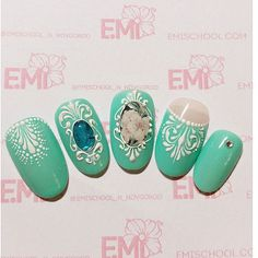 The colour looks gorgeous Gel Nail Art, Easy Nail Art, Trendy Nails, Cute Nails, Nail Atelier, Stone Nail Art, Nails 2014, One Stroke Nails, Nail Jewels