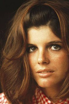 ✰ Katharine Ross, 1968 Photo by Norman Parkinson Female Actresses, Classic Actresses, Beautiful Actresses, Katherine Ross, Timeless Beauty, Classic Beauty, Sam Elliott, Grace Slick, Shannen Doherty