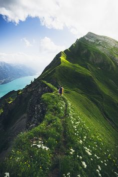 The highest line between Brienzer Rothorn and Interlaken