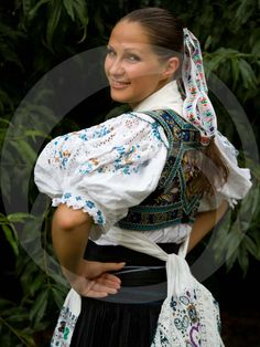 Folk Costume, Costumes, Romantic Outfit, Modeling, Sari, Culture, Traditional, Clothes, Beautiful