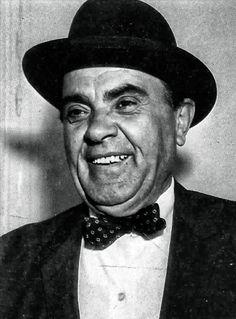 The unforgettable Vasilis Aulonitis greek comedian actor Old Greek, Greek Art, Actor Studio, Greek Culture, Old Movies, Live Action, Comedians, Famous People, Actors & Actresses