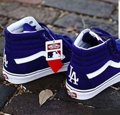 Dodger Old School Hi's Dodgers Outfit, Dodgers Gear, Dodgers Nation, Dodgers Baseball, Dodgers Apparel, Tennis Vans, Dodger Hats, Mlb, Sneak Attack