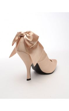 Bombshell Heel with Bow in Champagne Satin - Shoes   Pinup Girl Clothing