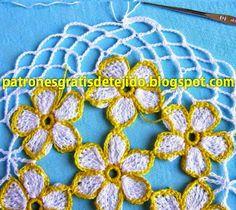 pasta maravilhoso com teste padrão floral e borboletas - passo a passo | Duas agulhas e crochê - padrões de tricô