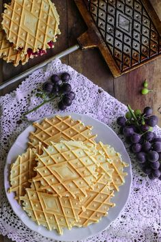 Appetisers, Crepes, Italian Recipes, Appetizer Recipes, Frosting, Buffet, Food And Drink, Sweets, Halloween