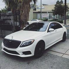 Stunning White Mercedes-Benz S Class Follow: @4klifestyle #4klifestyle credit to respective owner by Ed Zimbardi http://edzimbardi.com