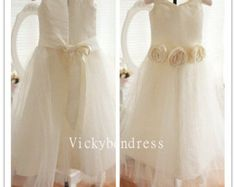 we are handmade evening dress prom dress and so by Vickybendress