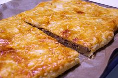 Lasagna, Nom Nom, Sandwiches, Food And Drink, Pizza, Tasty, Cheese, Baking, Ethnic Recipes