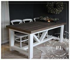 Maatwerk / Robuuste eettafel / old wood