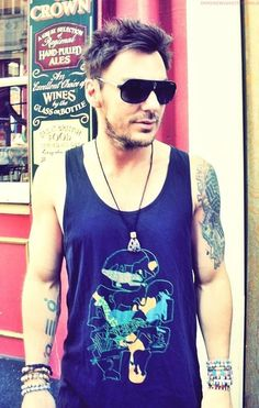 Shannon leto...old enough to be my dad, but not one fuck is given!