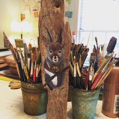 Custom order #squirrel with added #purple on #driftwood  I'm so happy to be back in the studio painting!  #painting #studio #reclaimedwood #rustic #handmadeisbetter #taterbuggin #handmade #art #decor #buyhandmade #memphis #tennessee #choose901 #homedecor #thelovelyhandmade #craftcurate #ilovememphis #creativelifehappylife #creatorcommunity #supportsmallbusiness #shopsmall #lovemymakers #shopsmalllove #handmadehomegoods #thehivehandmade #bestupcycler #makersmovement
