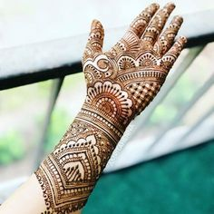 Browse the latest Mehndi Designs Ideas and images for brides online on HappyShappy! We have huge collection of Mehandi Designs for hands and legs, find and save your favorite Mehendi Design images. Rajasthani Mehndi Designs, Indian Henna Designs, Simple Arabic Mehndi Designs, Full Hand Mehndi Designs, Mehndi Designs Book, Mehndi Designs 2018, Mehndi Design Pictures, Mehndi Designs For Beginners, Wedding Mehndi Designs