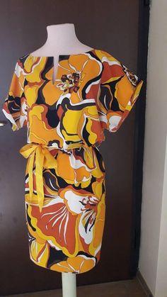 Guarda questo articolo nel mio negozio Etsy https://www.etsy.com/it/listing/614716065/vestito-estivo-donna-stampa-floreale