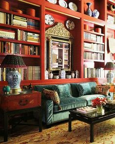 #red_library #home_decoration #interior_design #black_coffetable #laka #china_style #eclectic #velvet_sofa #livingroom #blue_and_white #lamps_light #chinesse_porcelain #many_books #great_mirror