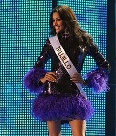 Elizabeth Mosquera, Miss Trujillo durante el Opening del Miss Venezuela 2009