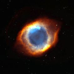 42 Mind-Blowing Photos Of Space From The Hubble Telescope- The coil-shaped Helix Nebula