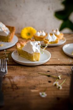 This Lemon Meringue Tart comes with a buttery crust, a tangy lemon filling, and sweet meringue. Lemon Meringue Tart Recipe by Also The Crumbs Please # tart Tart Recipes, Sweet Recipes, Citrus Recipes, Lemon Meringue Tartlets, Lemon Custard, Friend Recipe, Lemon Filling, Unique Recipes, Holiday Desserts