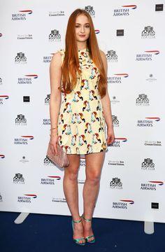 http://l2.picsurge.com/koBAbX/126629-sophie-turner-hot-dress-Imgur-vKSm.jpeg