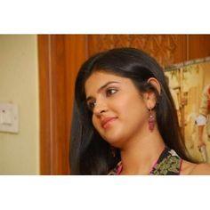 Telugu Actress Deeksha Seth Latest Cute