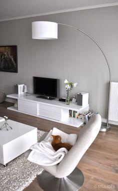 Binnenkijken in … een appartement in moderne design stijl met warmrode en taupe kleuren in Maarssen na STIJLIDEE Interieuradvies en Styling via www.stijlidee.nl