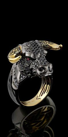 Black diamonds in 18 karat gold Raging Bull head. I'm not really sure why I find this so appealing but I need it in my life. Black diamonds in 18 karat gold Raging Bull head. I'm not really sure why I find this so appealing but I need it in my life. Cool Rings For Men, Rings Cool, Unique Rings, Simple Rings, Mens Gold Jewelry, Black Gold Jewelry, Schmuck Design, Animal Jewelry, Ring Designs