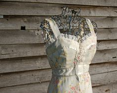 Etsy sophistikate Beautiful Corset Gunne Sax Style Calico Dress ...