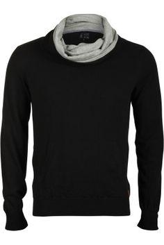 J.C. Rags turtle neck knit