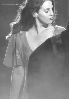 Lana Del Rey live at Coachella 2014 #LDR #GIF