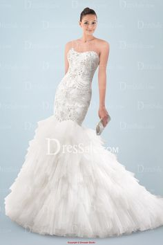 Stunning Strapless Mermaid Wedding Dress with Exquisite Beaded Motifs and Tiered Ruffles
