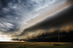 Captivating Photographs of Storm Clouds by Camille Seaman Show Nature's Power | Colossal