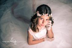 Comunión Lucia | Fotógrafo Alicante Elche Fotos Video de bodas First Holy Communion, Murcia, Girl Photography, Family Photos, Toddler Photography, Wedding Videos, Children Photography, Family Pictures, Family Photo