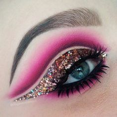 Who doesn't love sparkly glitter eyeshadow? Katina from @doyouevenblend knocks it out of the park with this pink winged liner cut crease look. More: http://blog.furlesscosmetics.com/katina-k/ #pinkcutcrease