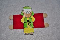 "Jesus healed a paralytic. Twist the man to lay on his bed, and then twist him to, ""arise, take up his bed and walk."" #Jesus #ChildrensChurch #crafts #SundaySchool #ChurchCraft"