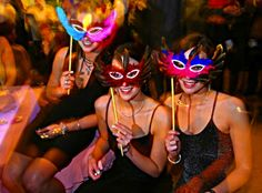Themed #bachelorette party ideas: Masquerade