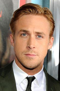 Ryan Gosling.....sexy bomb!!