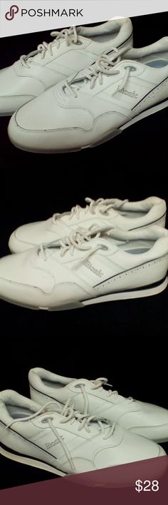 Men's Etonic ST7300 Golf Shoes Size 11.5W Men's Etonic ST7300 golf shoes in size 11.5W. Shoes are in very good condition with very minor wear and some of thew coating in coming off on the rim around the heel but these are still a great pair of shoes. Etonic ST7300 Shoes Athletic Shoes