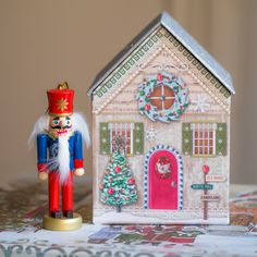 Nutcrackers, evergreen wreaths, gingerbread houses, sugar plums dancing in our heads - we love it all! So, we were just a tad bit thrilled to find this magical little house box @michaelsstores. We're going to tuck it full of small treats that we hope will delight and entrance a wee one this holiday season. As for the ornament, well, it was supposed to be a gift garnish but we're mighty tempted to keep it ourselves…